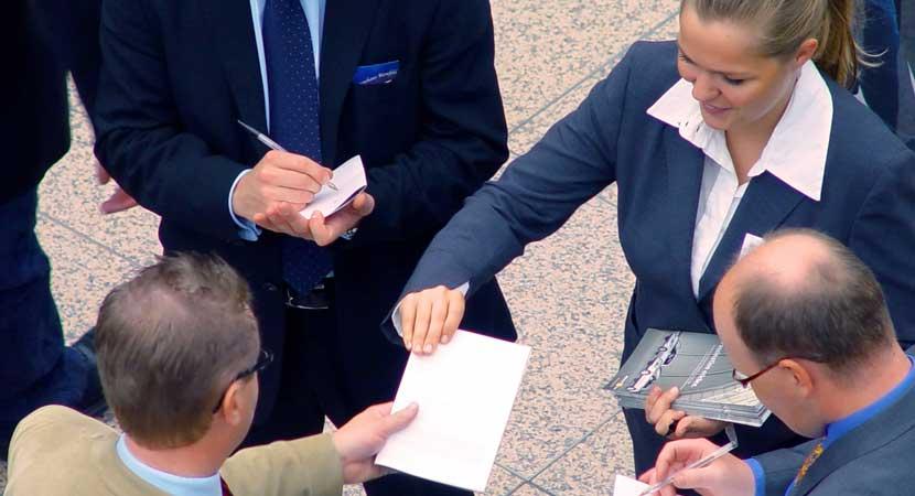 Negocios, Profesionales y Servicios